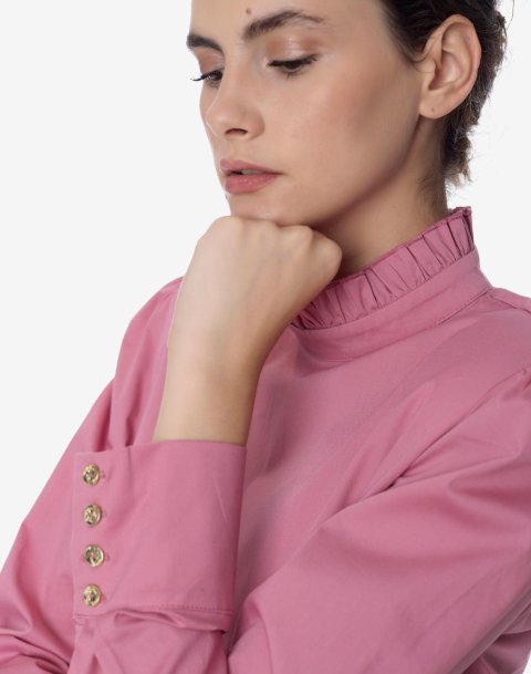Shirt with puff sleeve