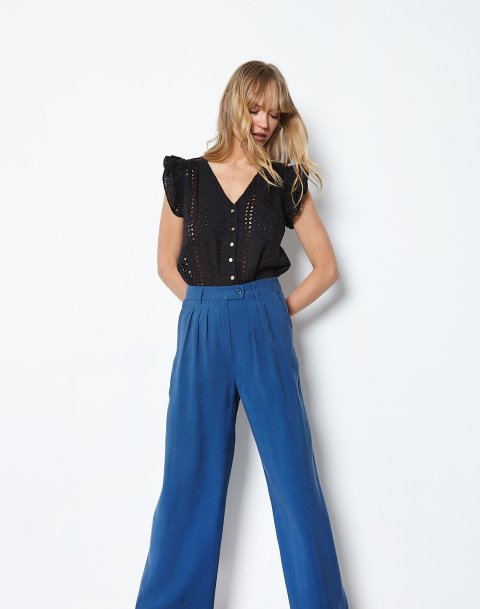 High waist trousers with pleating detail