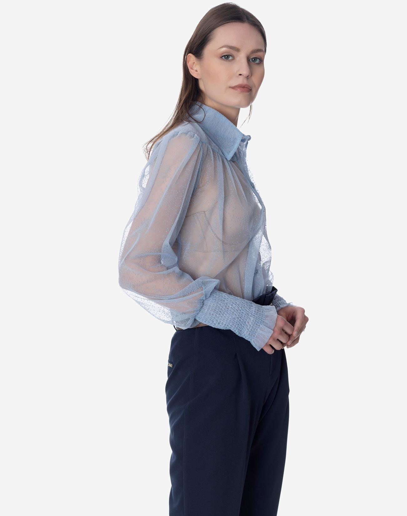 Ημιδιάφανο πουκάμισο με ανάγλυφα πουά