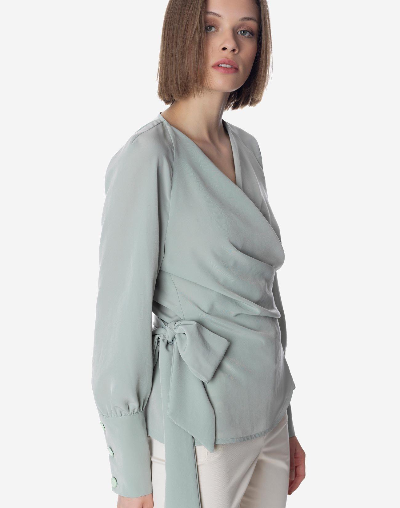 Κρουαζέ μπλούζα με δέσιμο