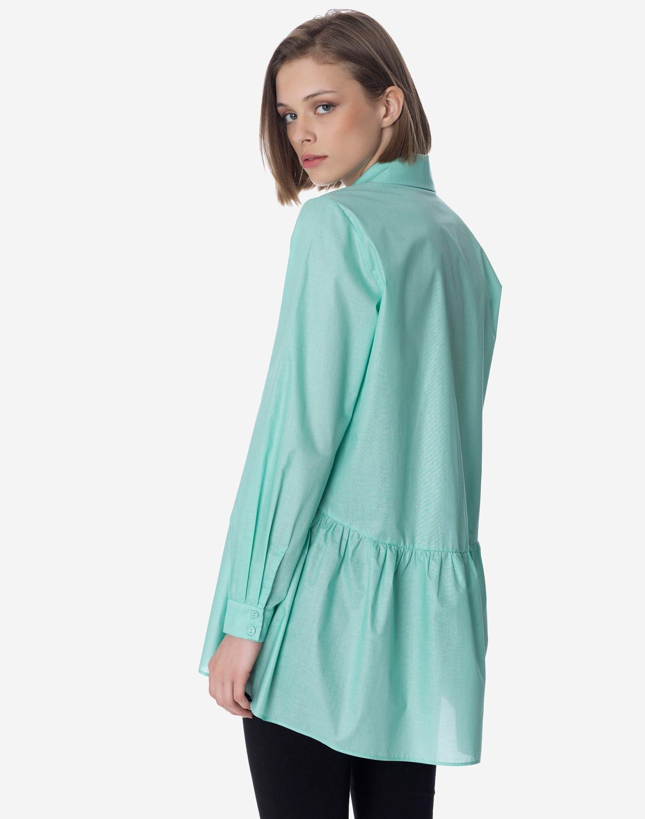 Shirt with ruffle hem