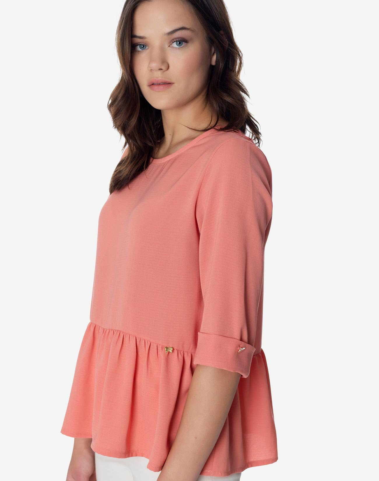 Top with broderie detail