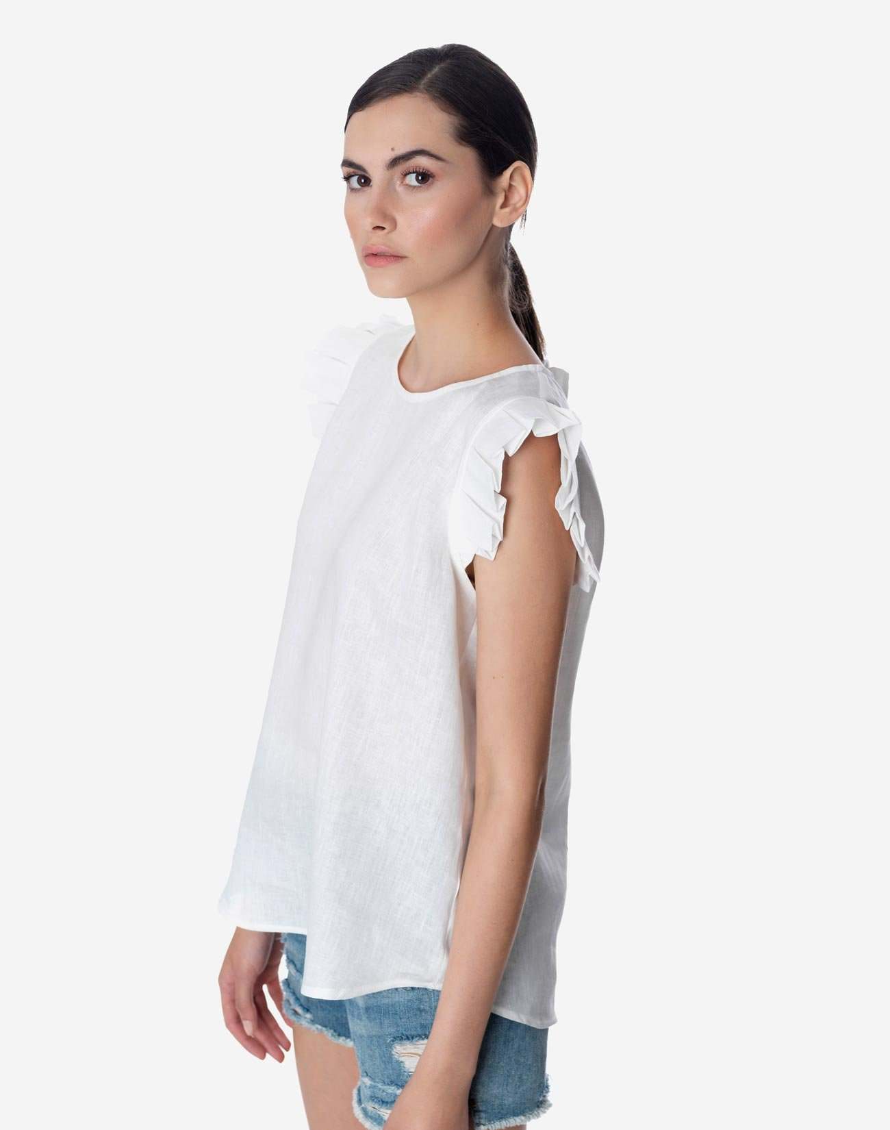 Linen top with pleating