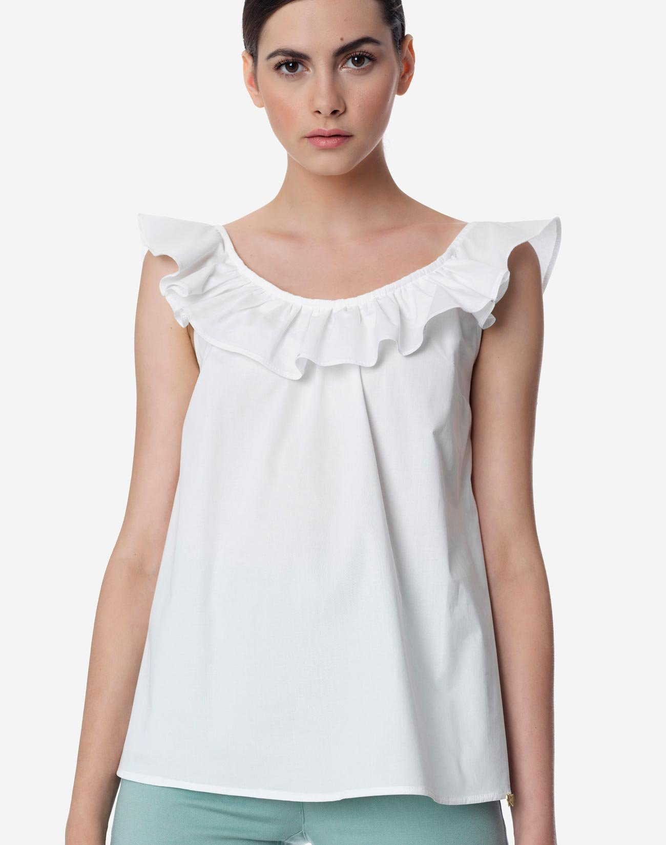 Ruflled top with bow