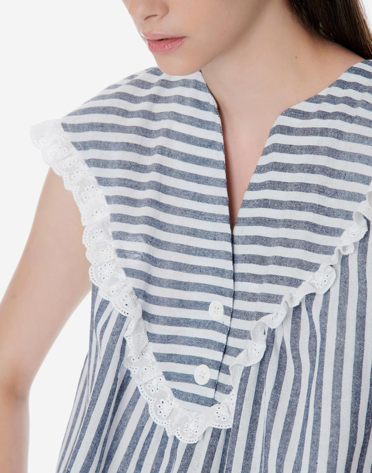 Striped top with detail broderie