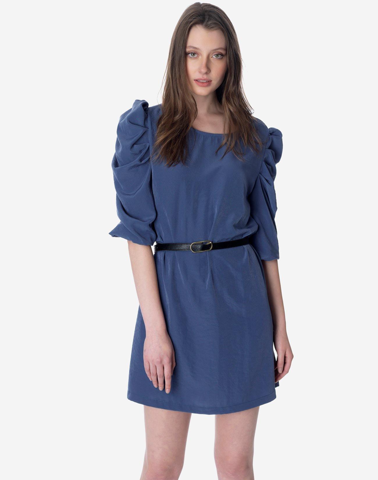 Φόρεμα με φουσκωτά μανίκια