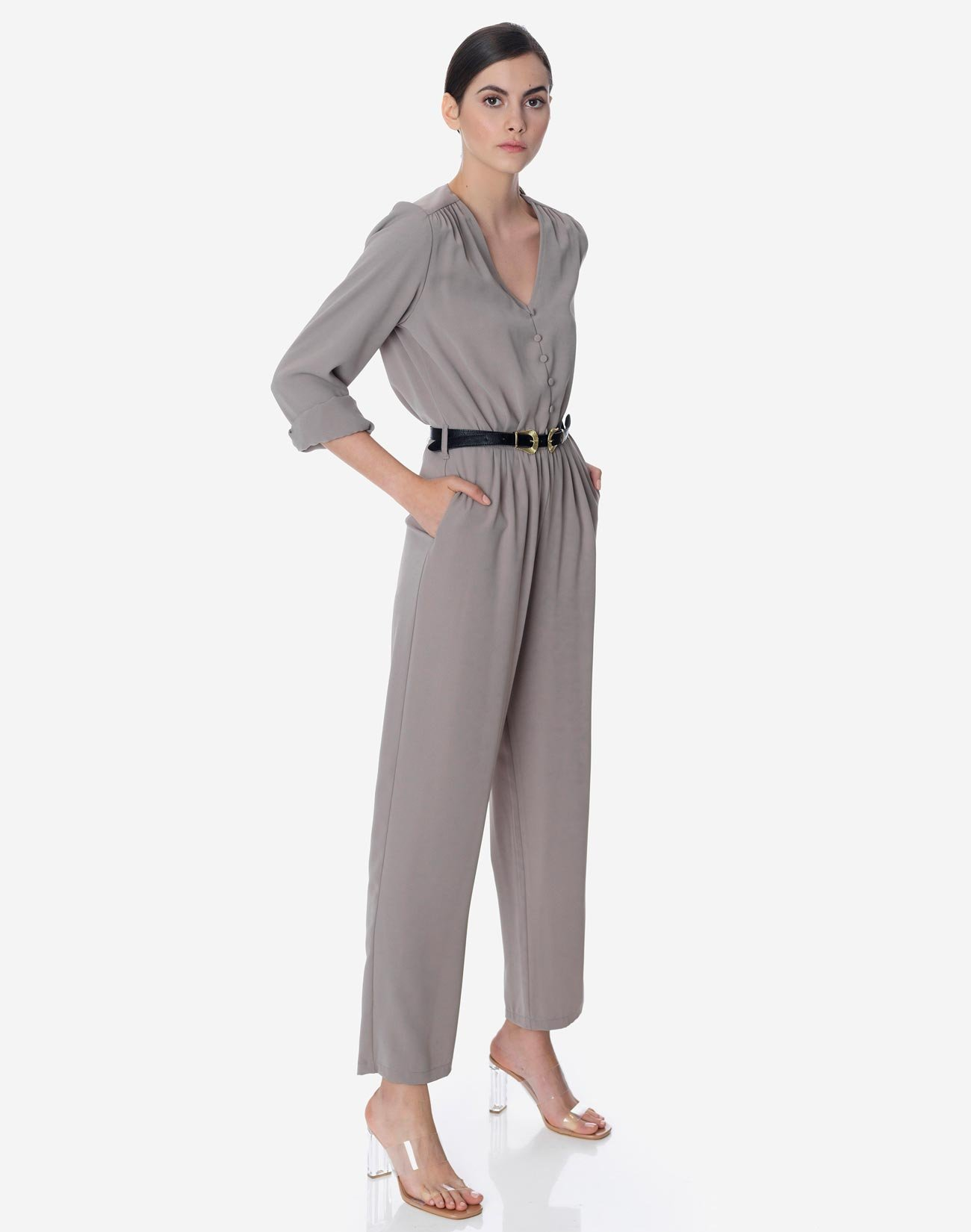 Jumpsuit with long sleeves