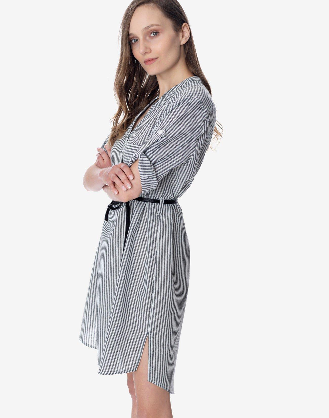 Striped dress with mandarin collar