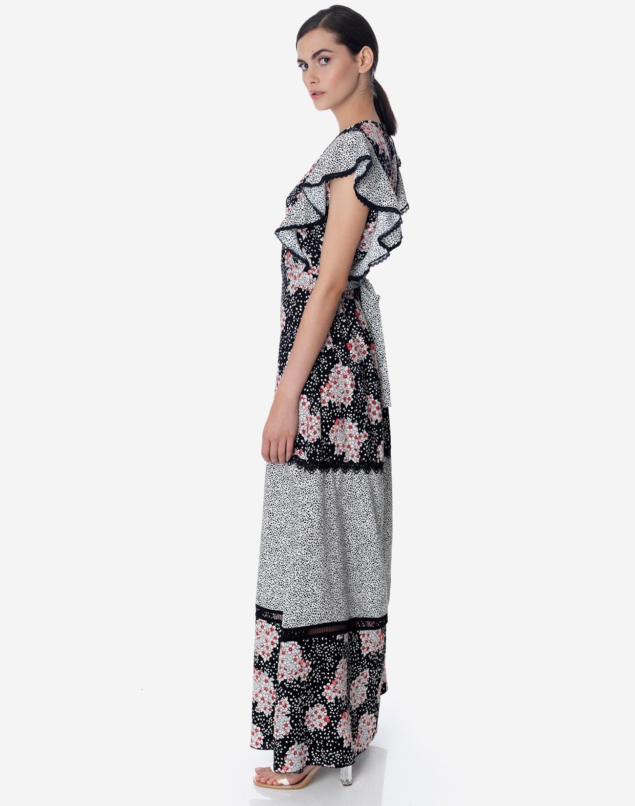 Μάξι φόρεμα με συνδυασμό εμπριμέ