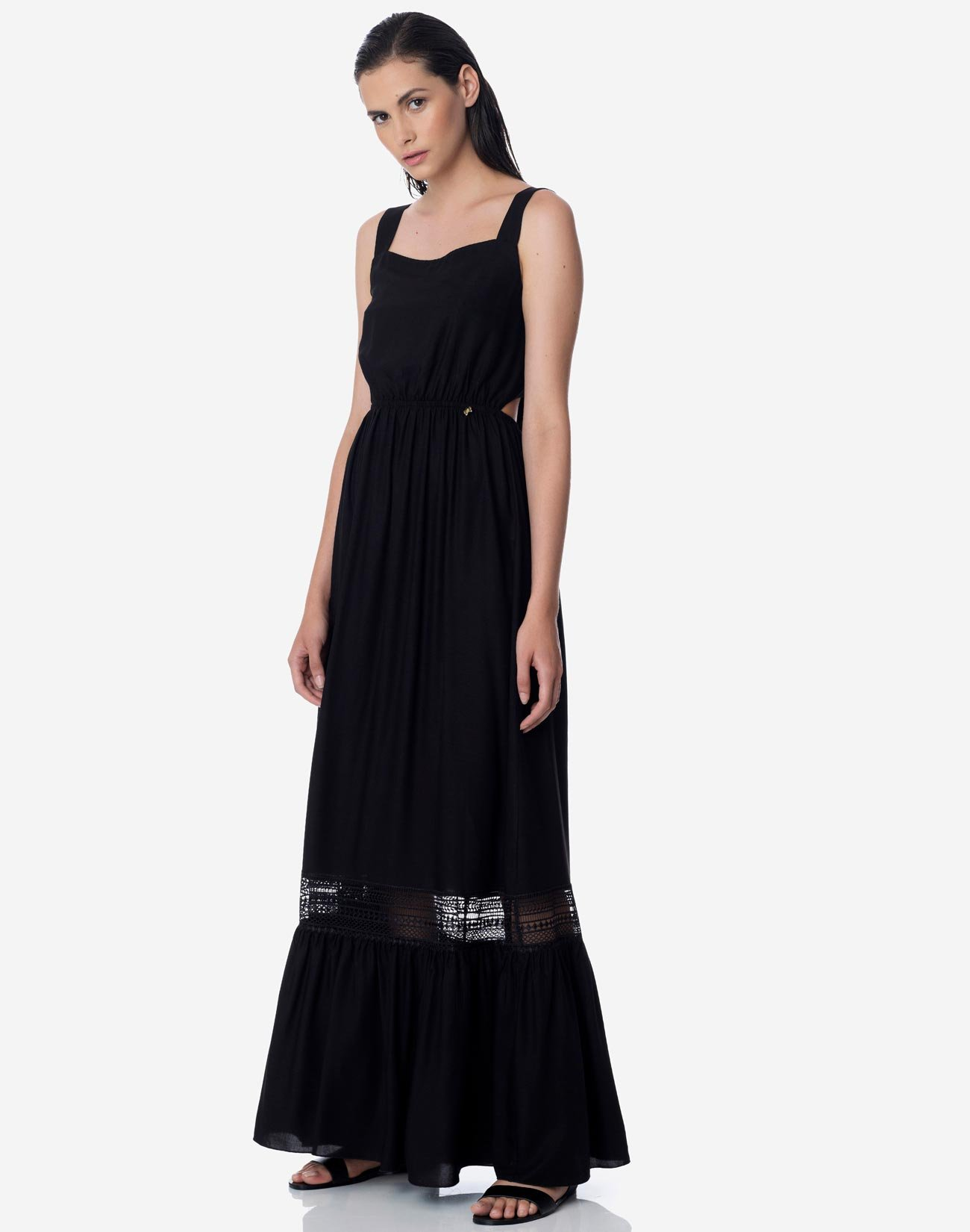 Maxi dress with bow detail