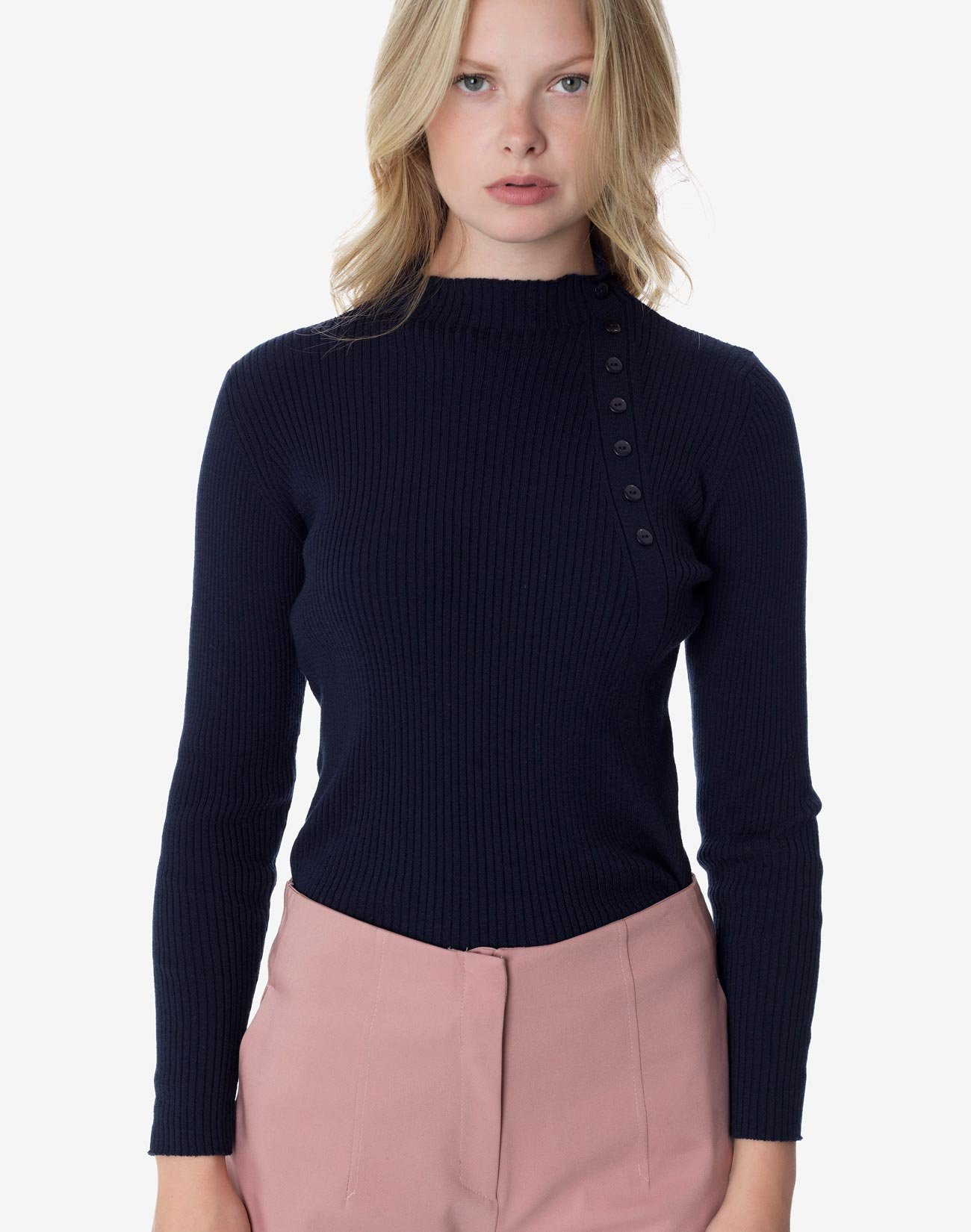 Ribbed knit top with buttons
