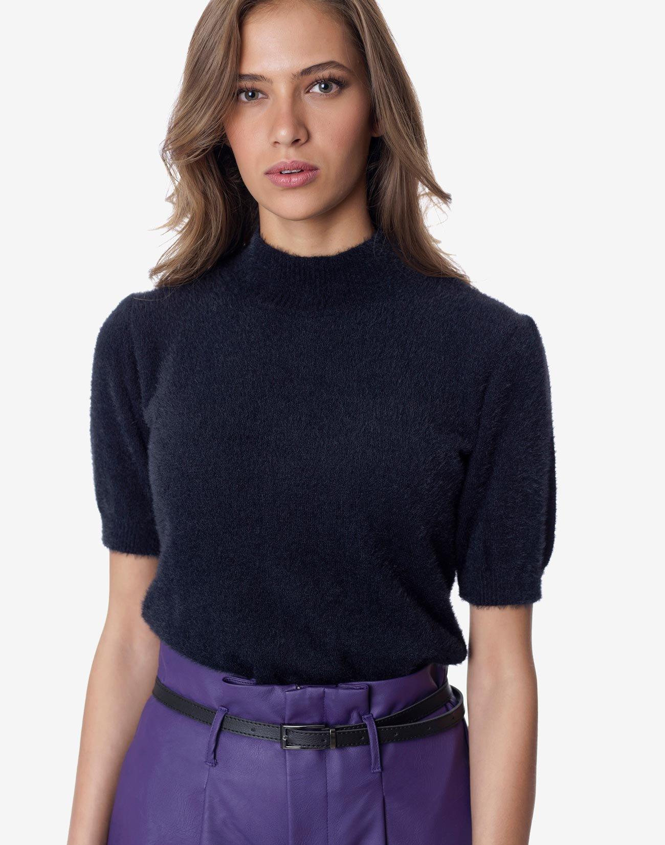 Πλεκτή μπλούζα
