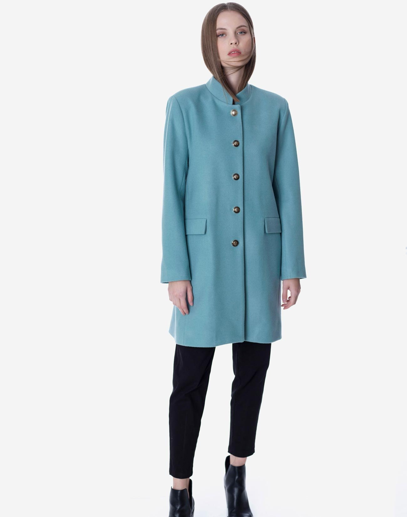 Coat with mandarin collar