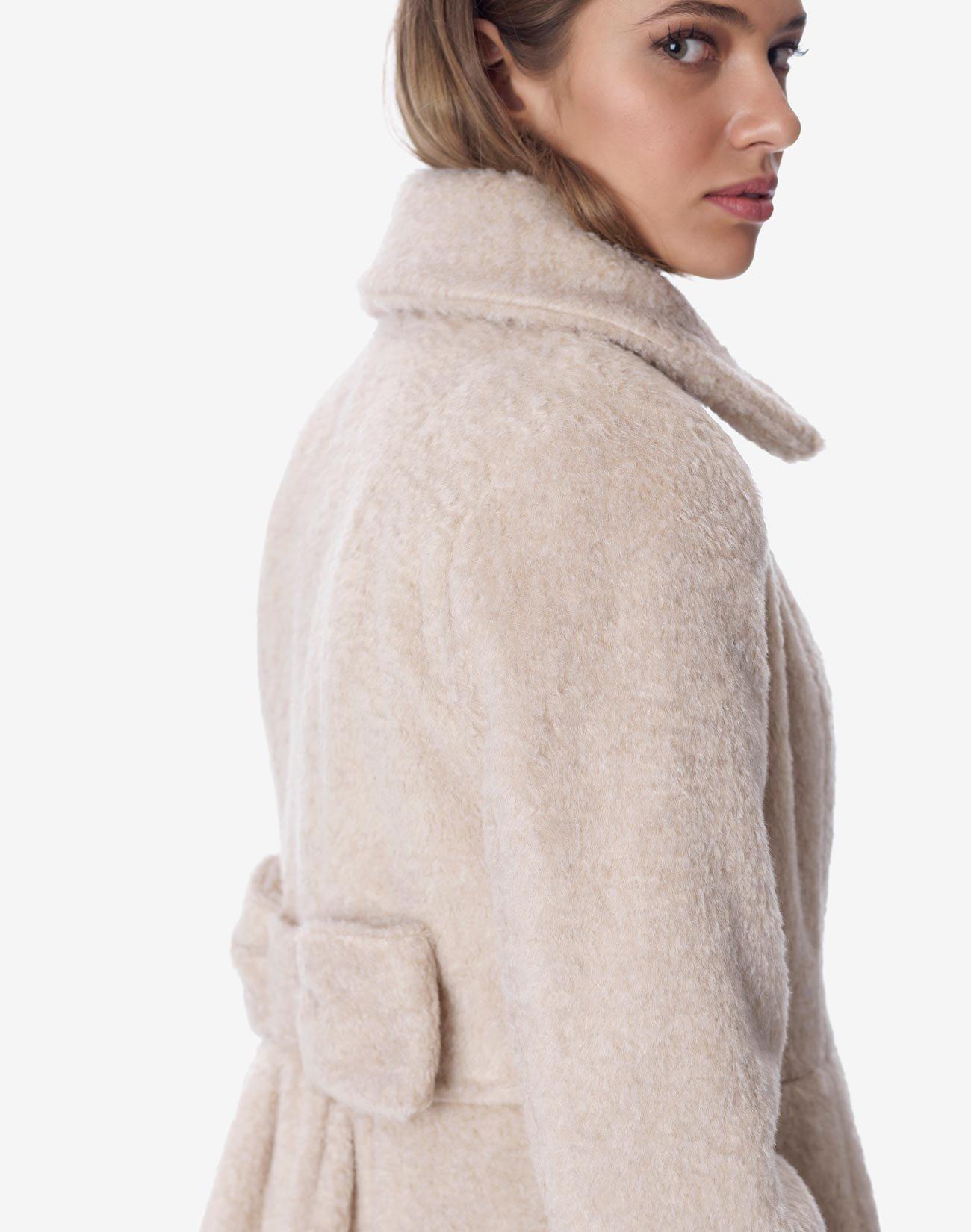 Σταυρωτό παλτό με φιόγκο