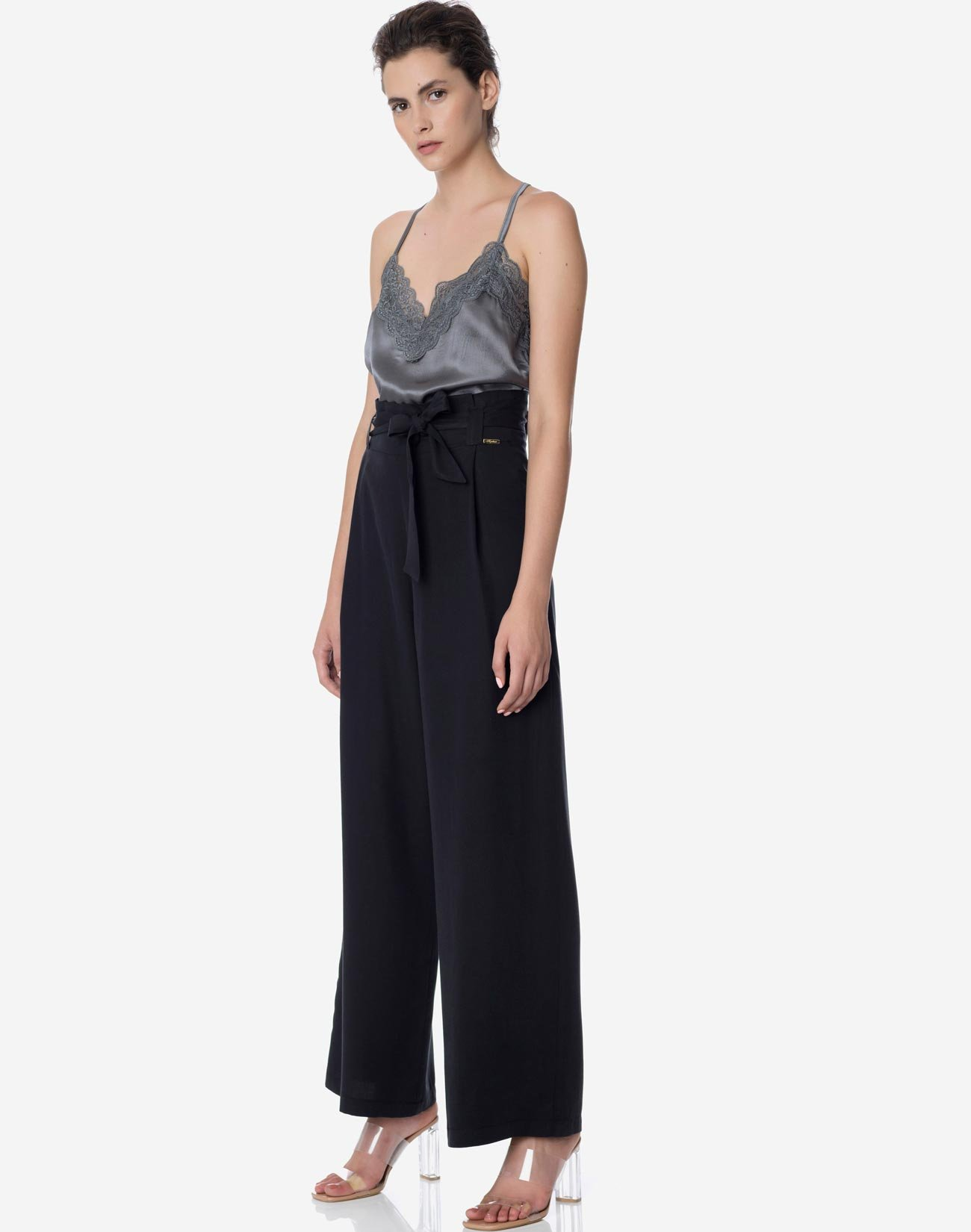 Wide leg trousers with belt and gathering