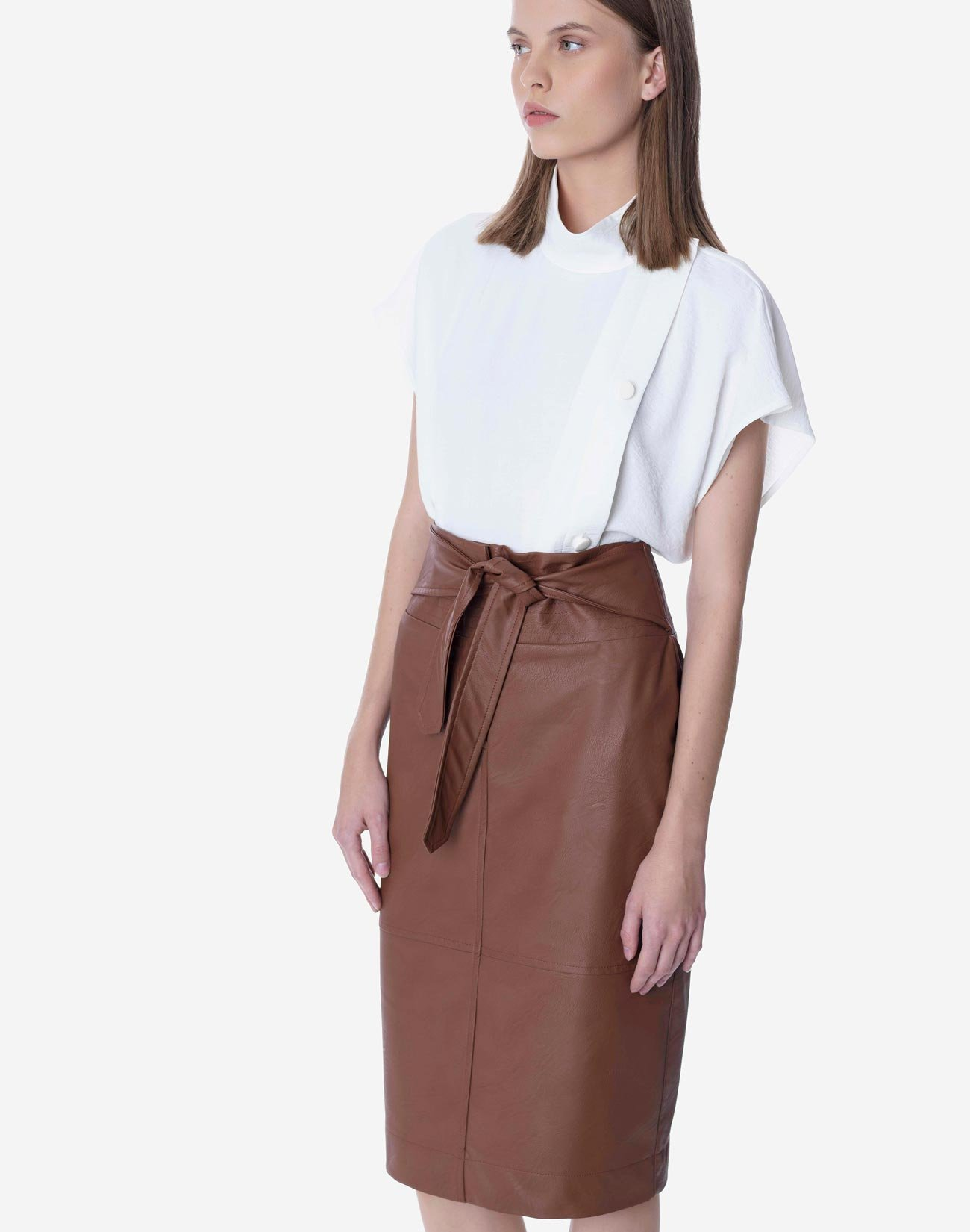 Faux leather skirt with self tie