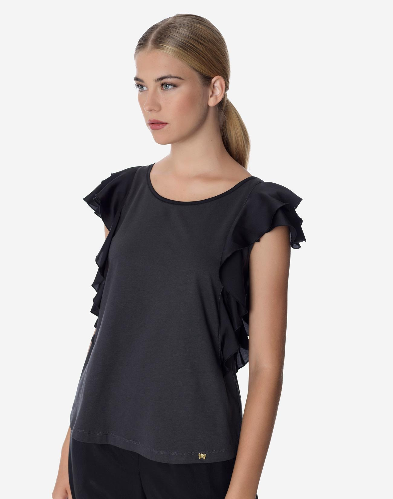 Organic cotton ruffled top