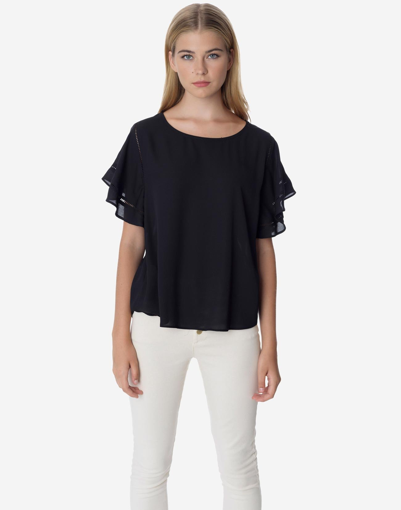 Top with lace trims