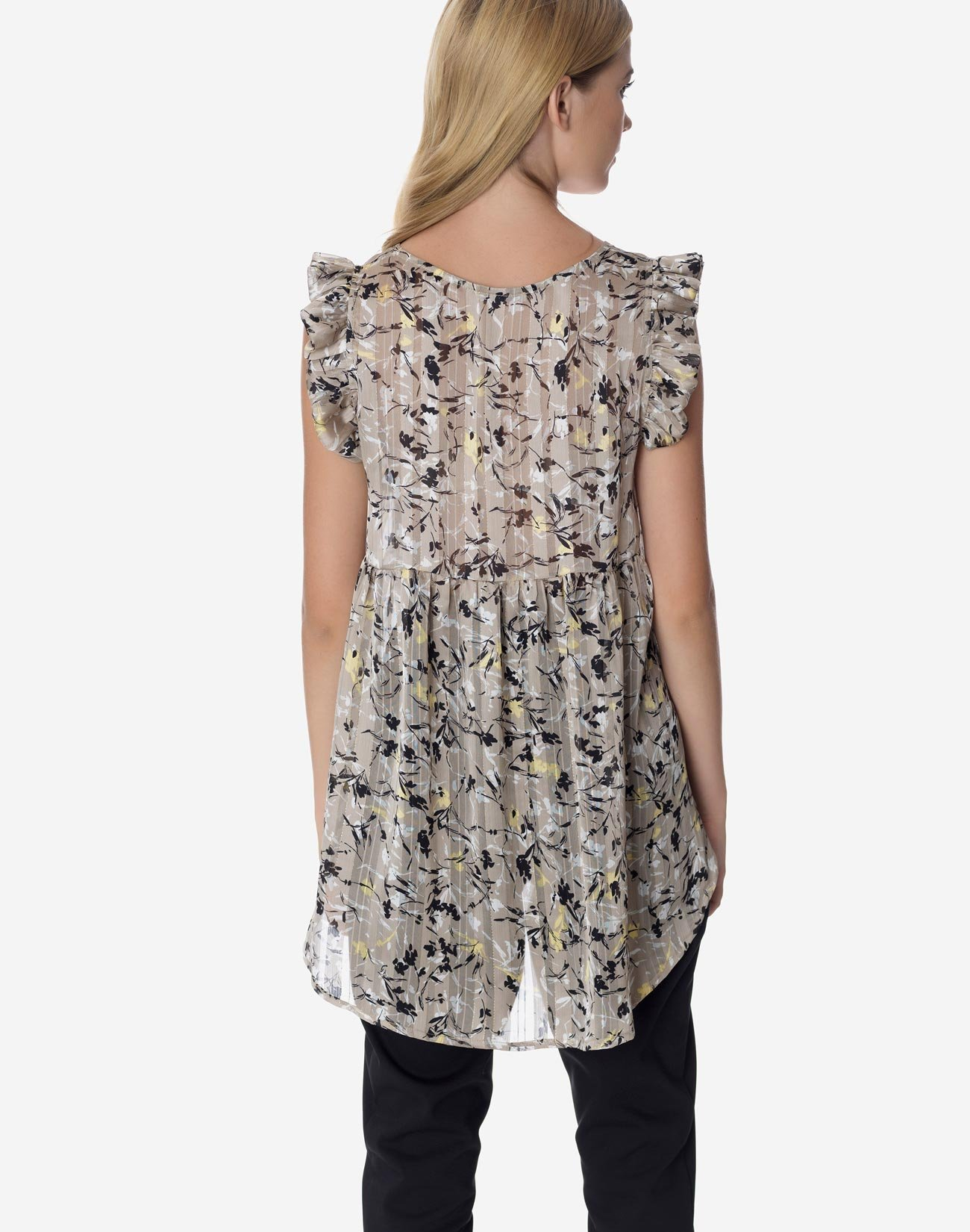 Asymmetric printed top