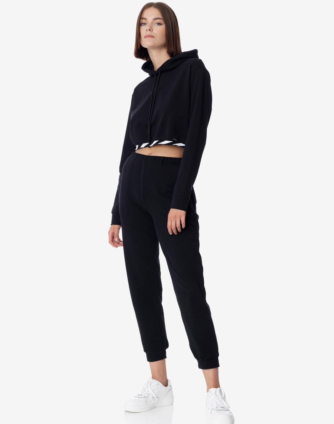 Croped sweatshirt with hood