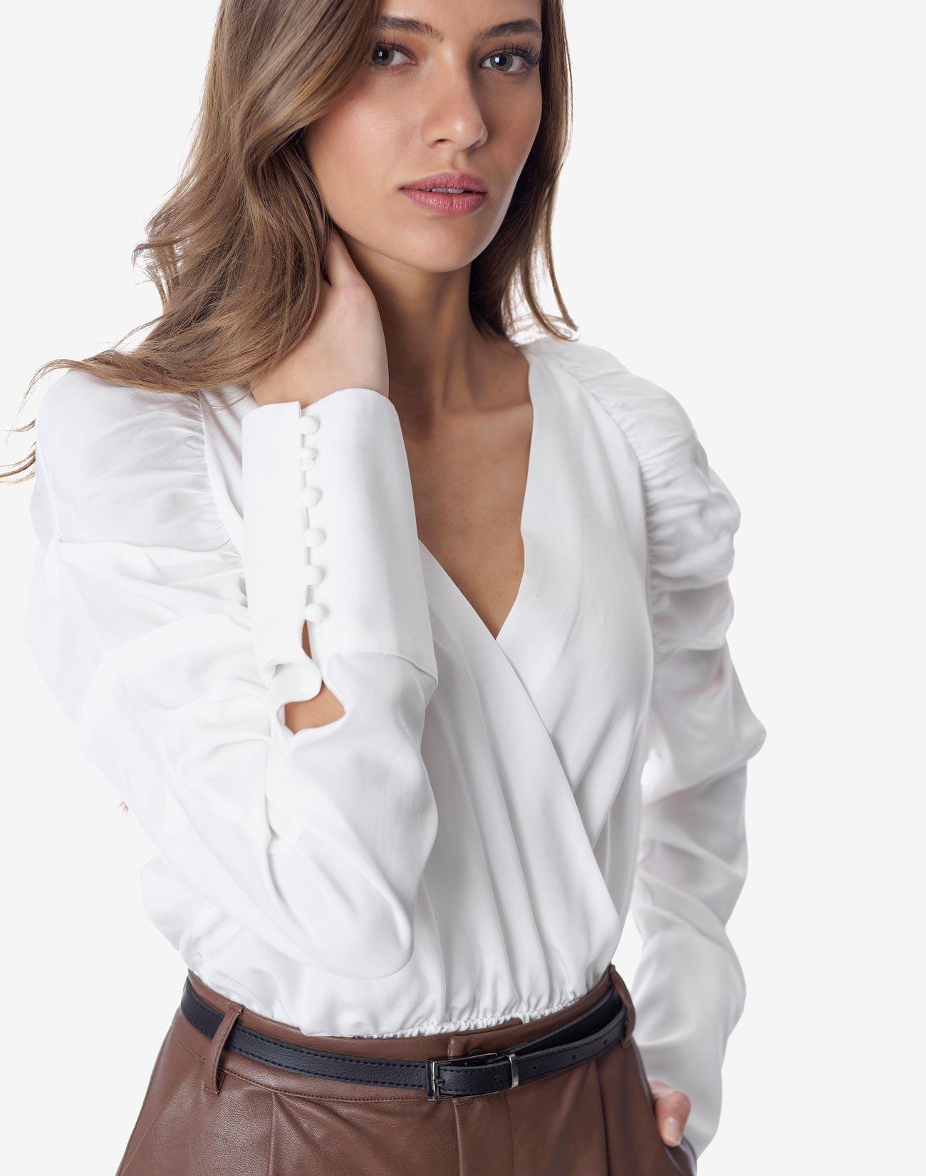 Κρουάζε μπλούζα