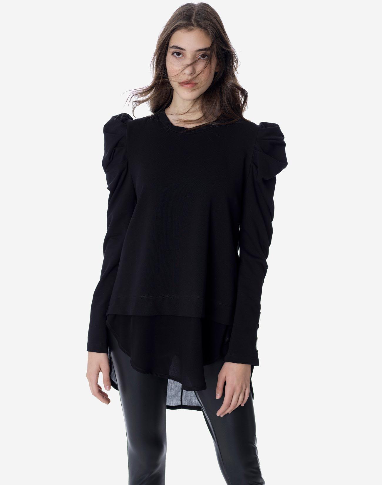 Contrasting asymmetric sweatshirt