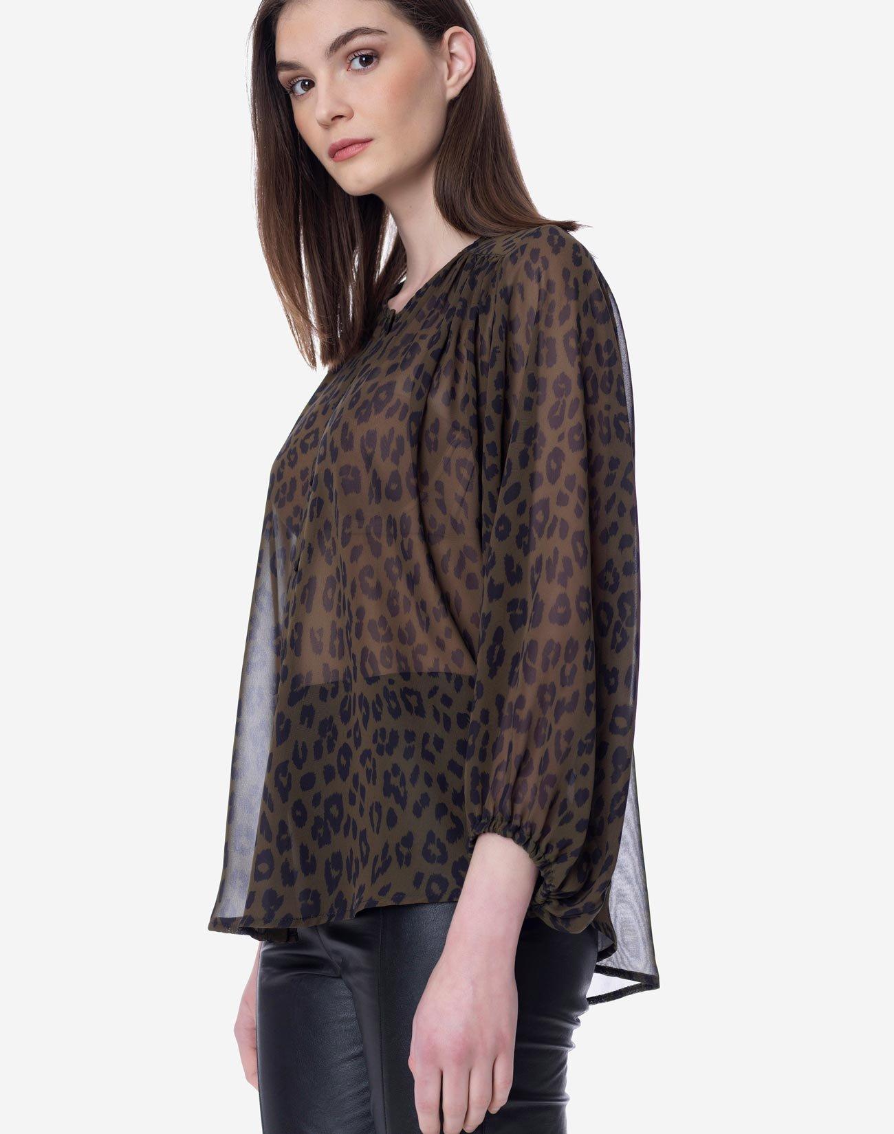 Animal print pleated shirt