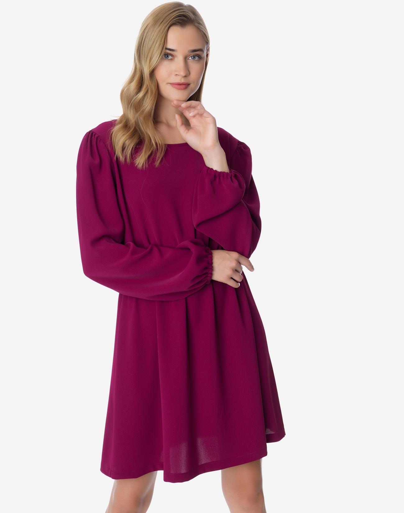 Dress with golden zip