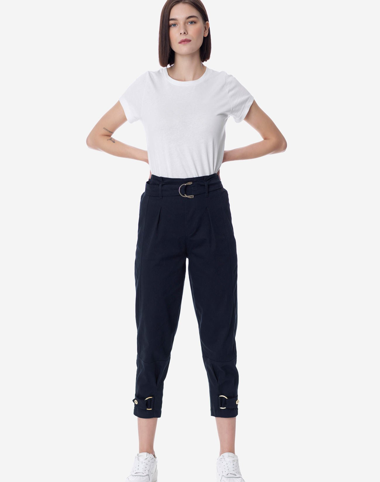 High waist pleated trousers