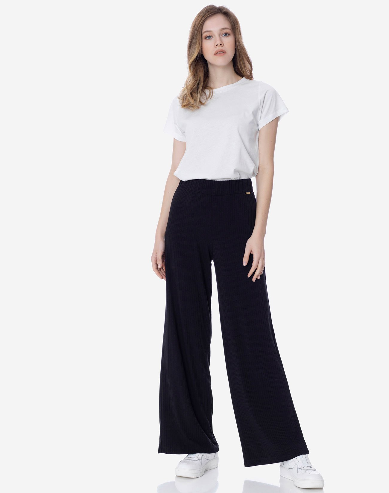 Ribbed wide trousers