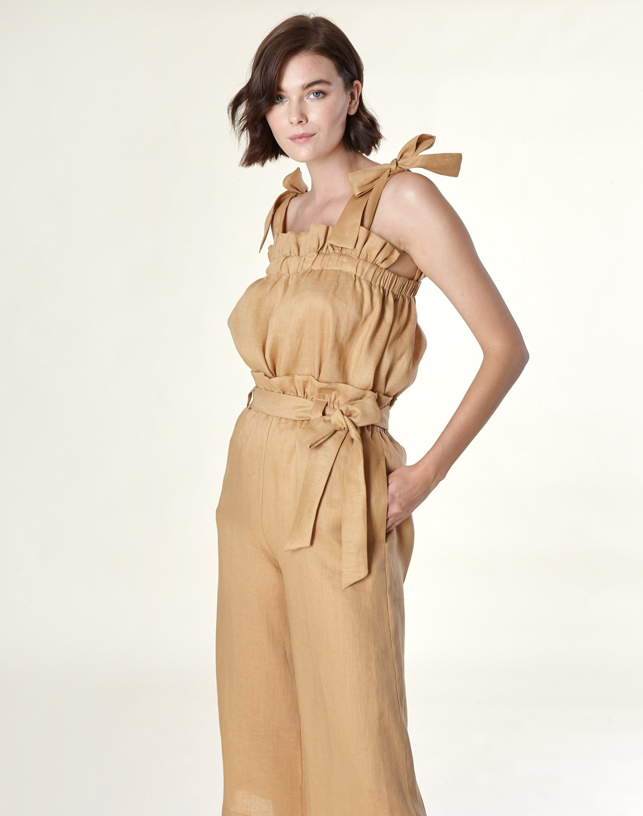 Linen culottes with pleating detail