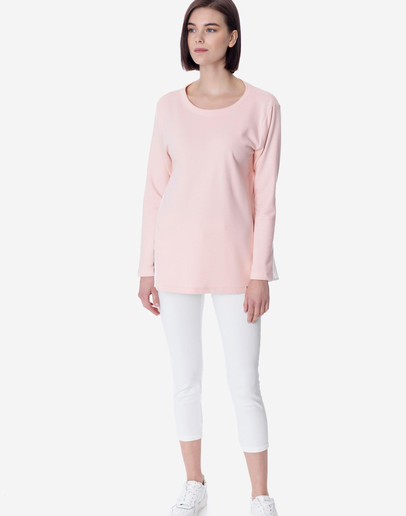 Contrast sweatshirt with bow
