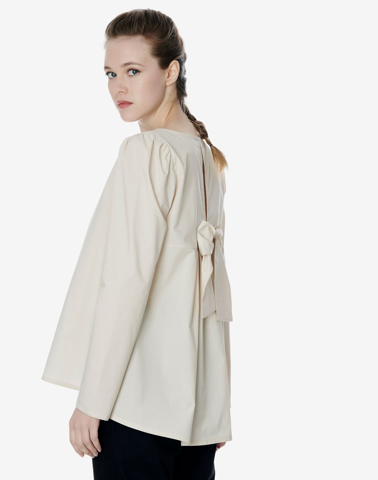 Shirt with bow