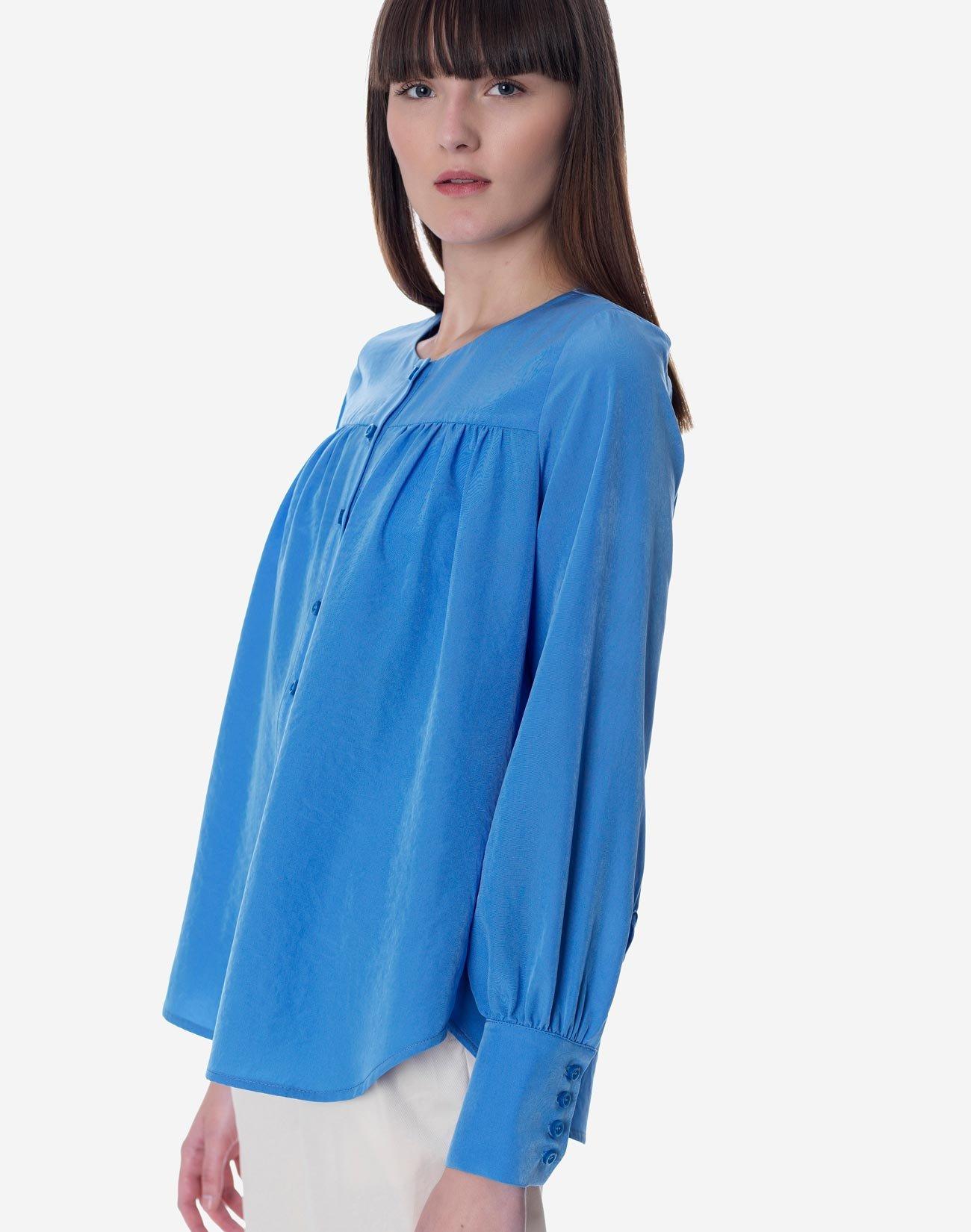Pleated shirt