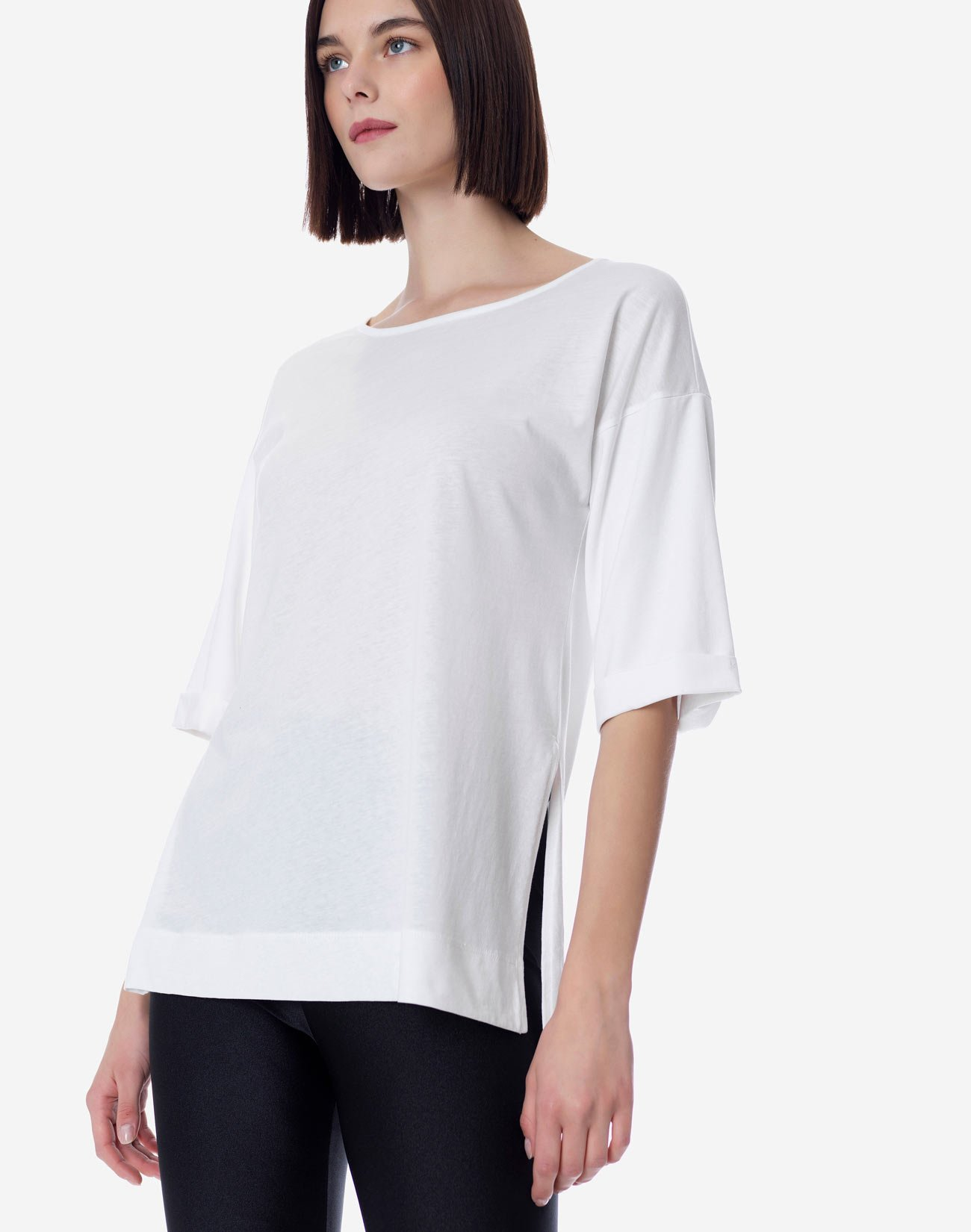 Organic cotton top with openings