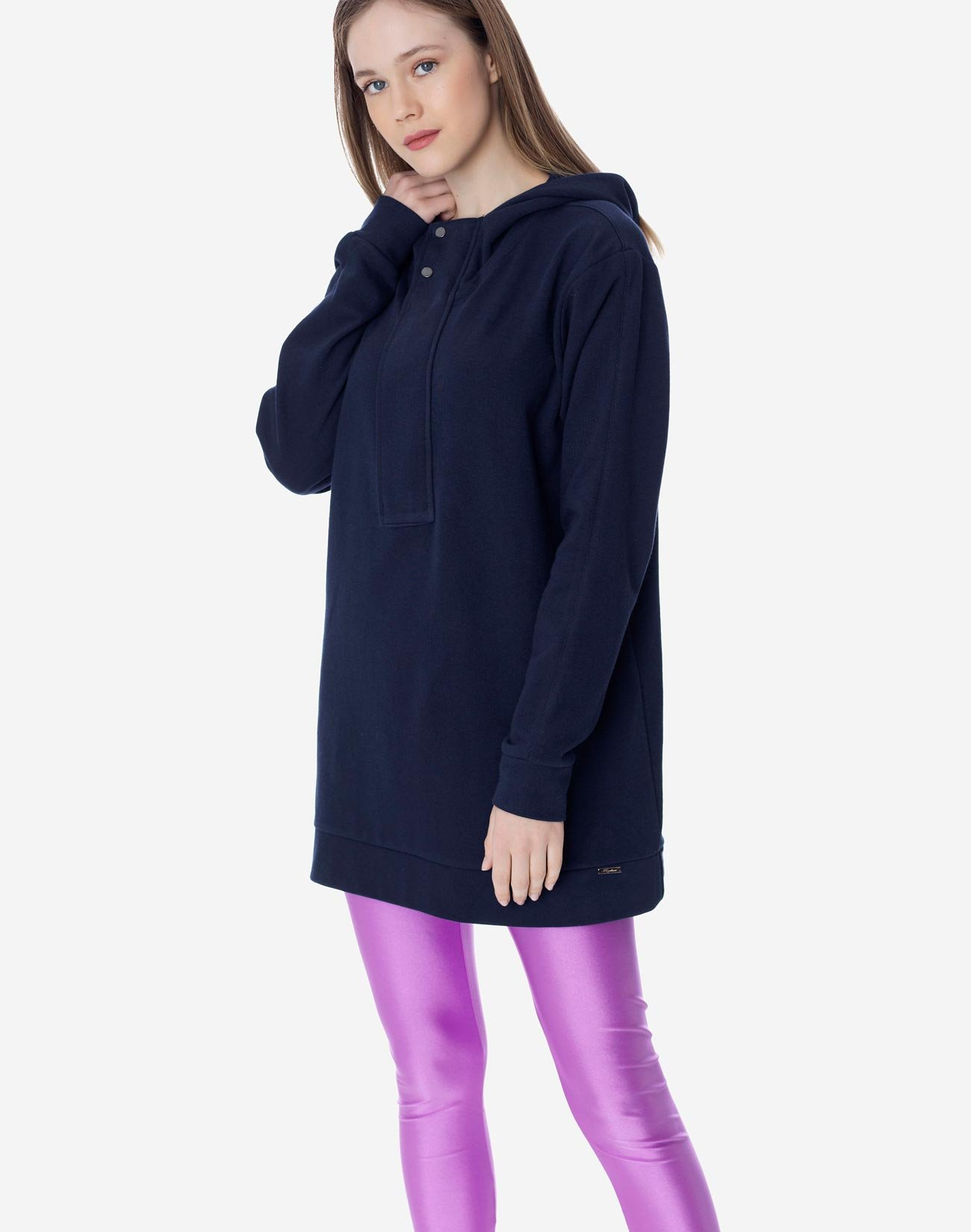 Hoodie with xnap button placket