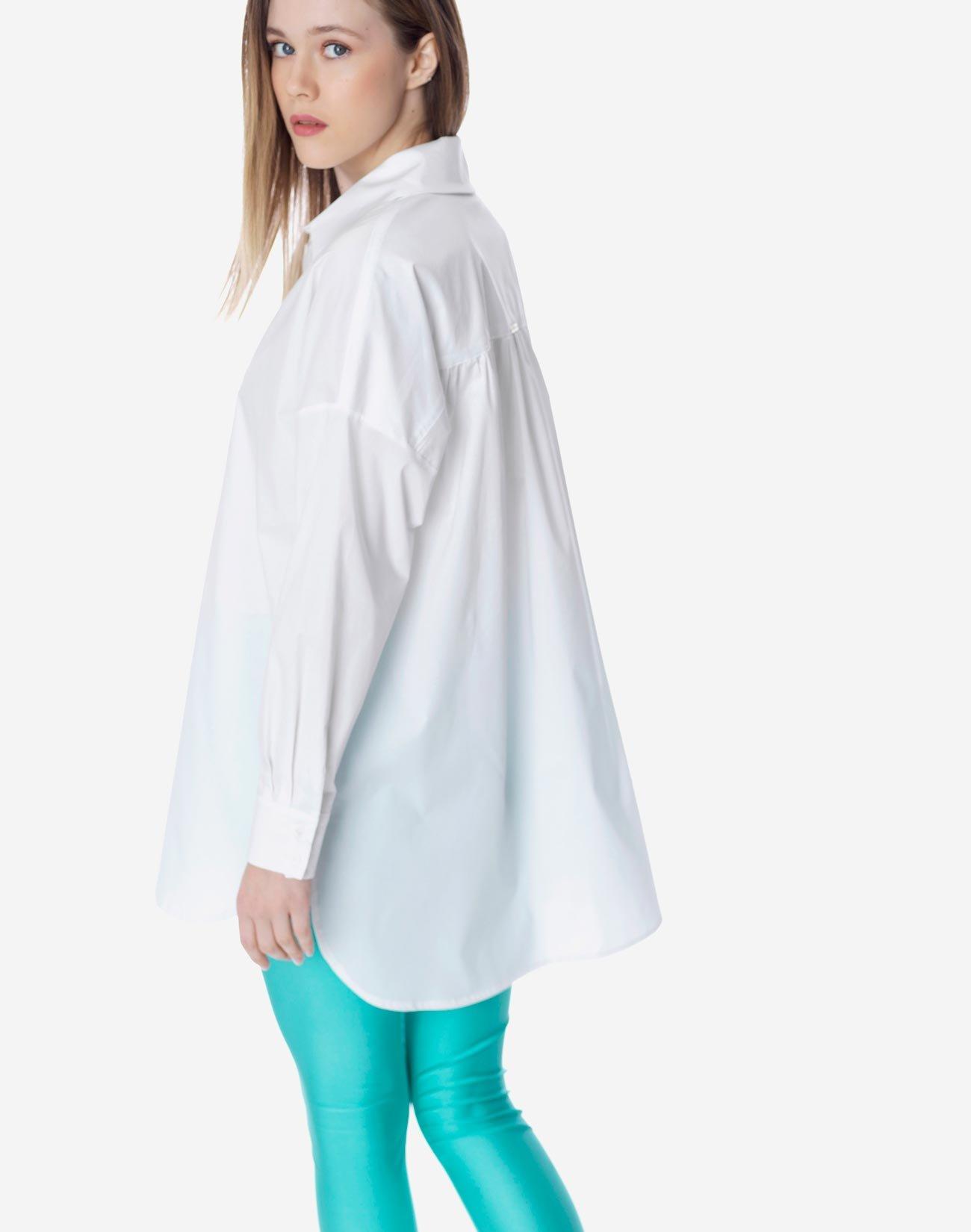 Ovesrized πουκάμισο
