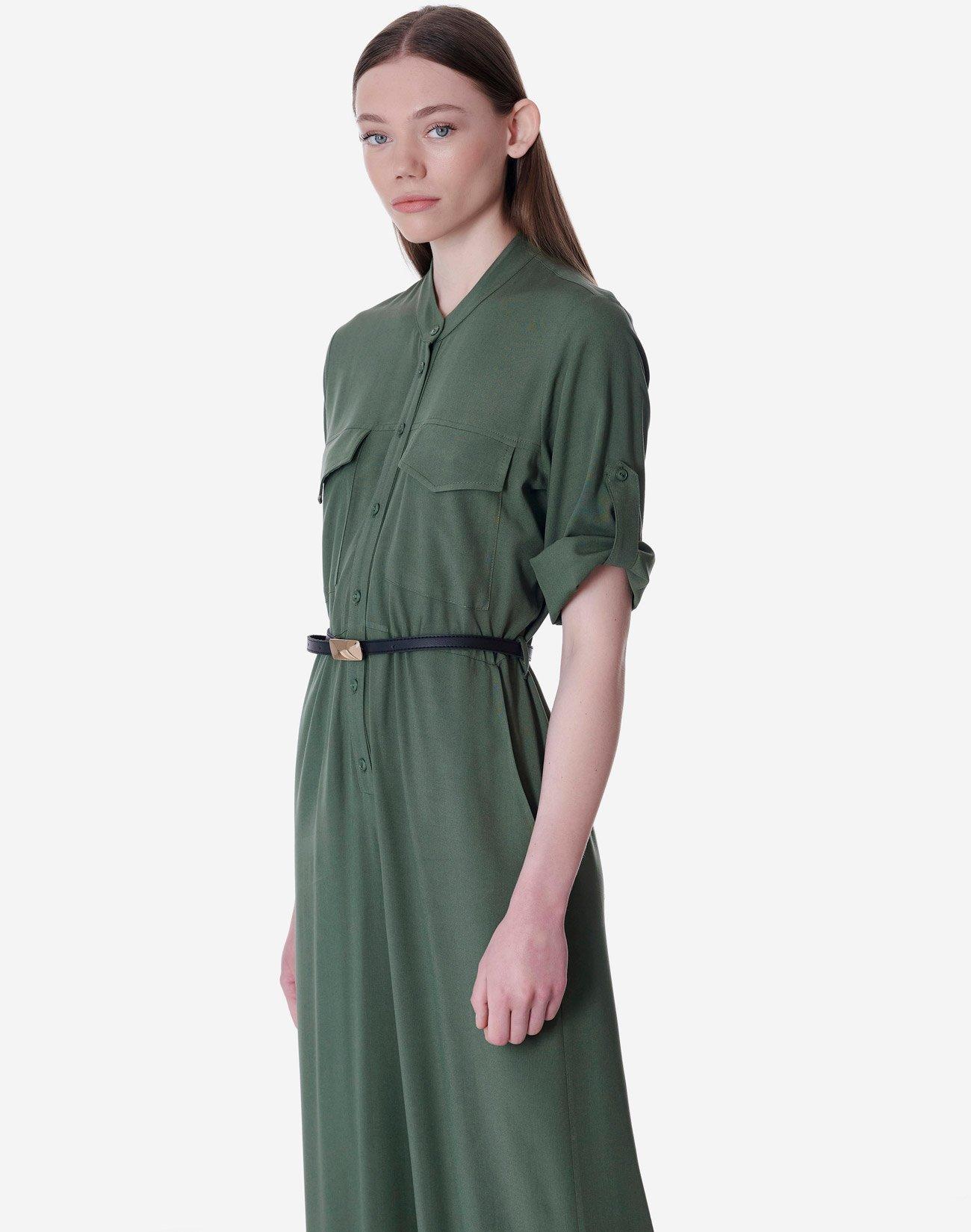 Ολόσωμη φόρμα με γιακά μάο