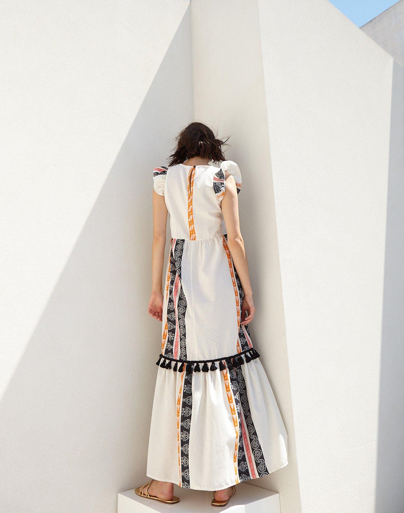 Μάξι φόρεμα με φούντες