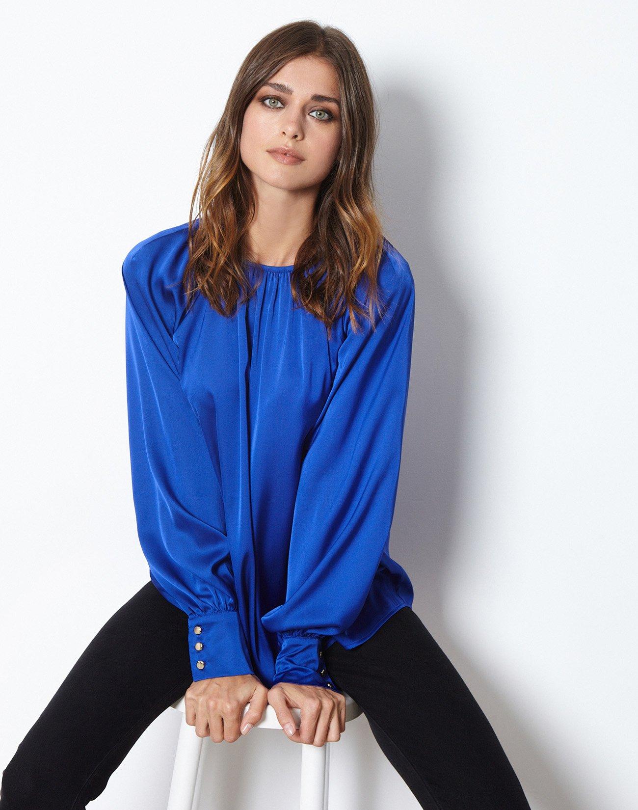 Σατέν μπλούζα με πιέτες