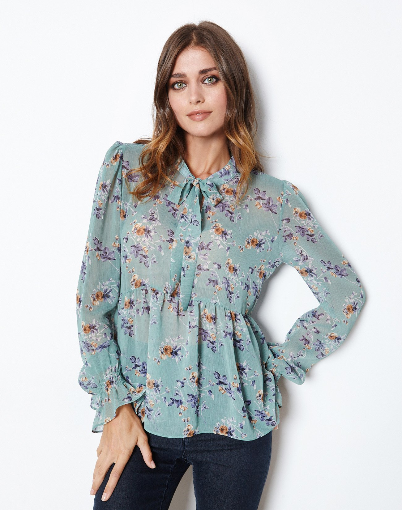 Printed top with tie
