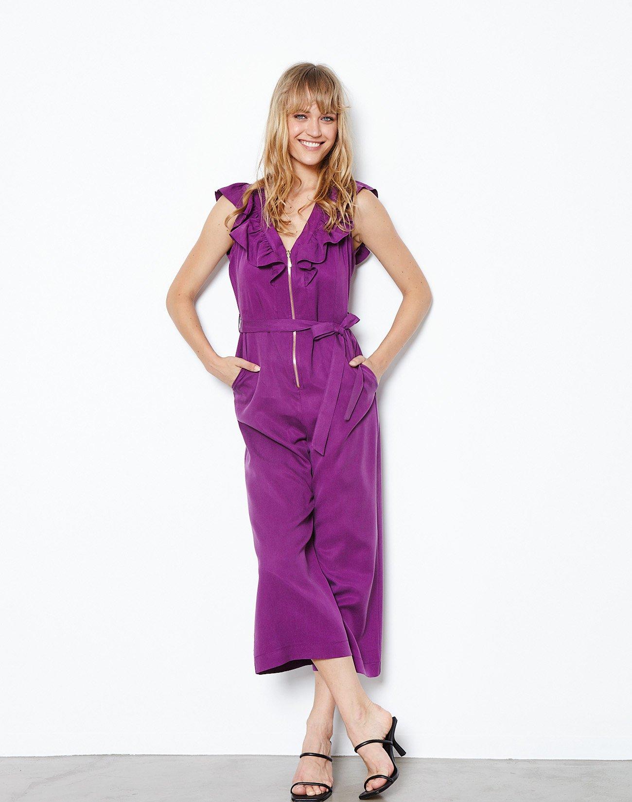 Jumpsuit with golden zip