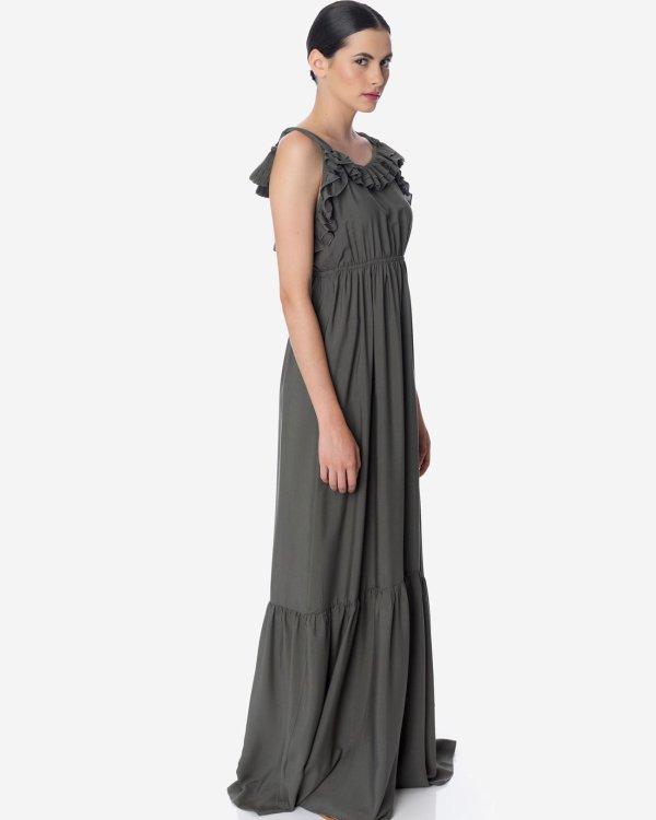 Maxi dress with ruffles