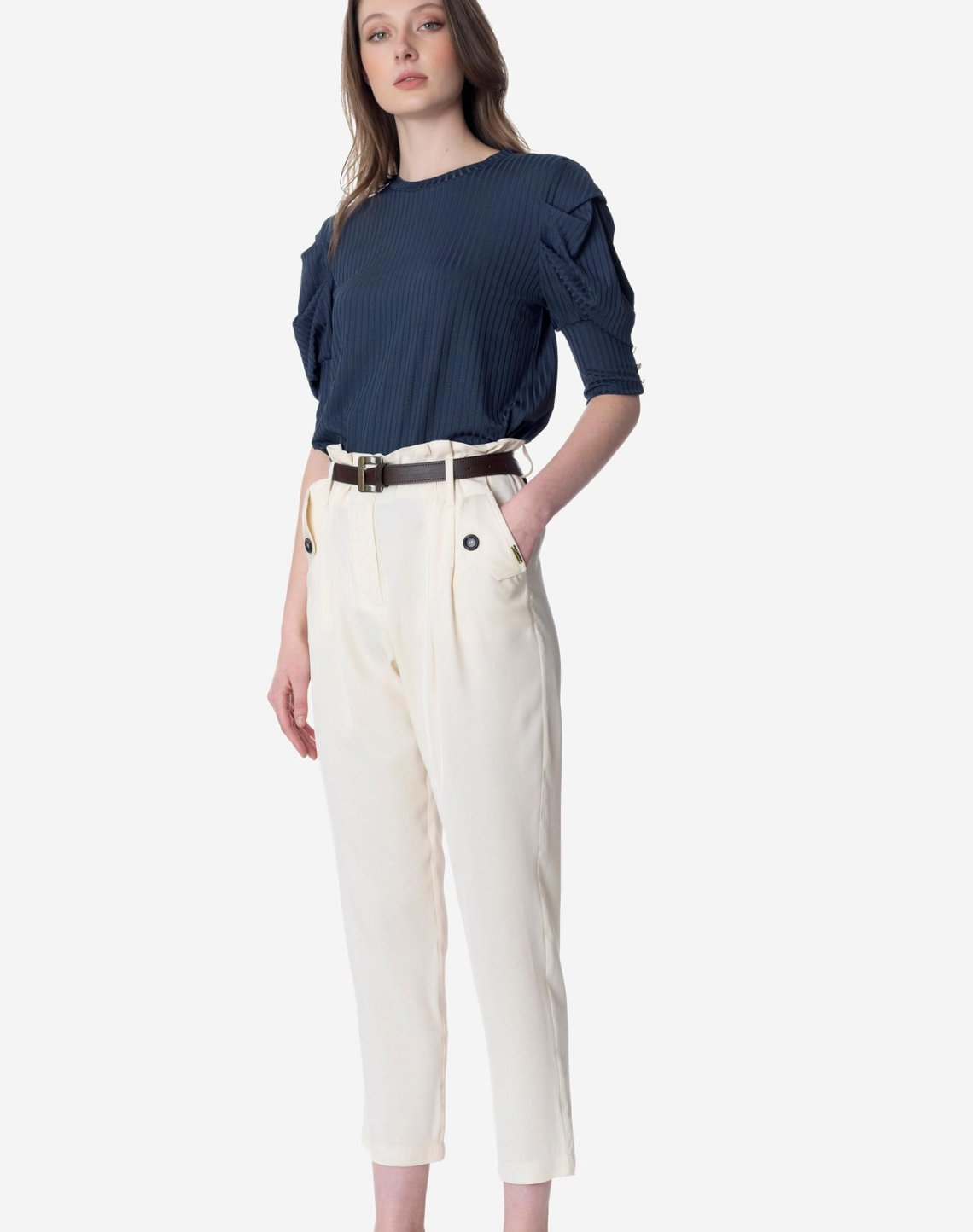 High-waist pleated trousers