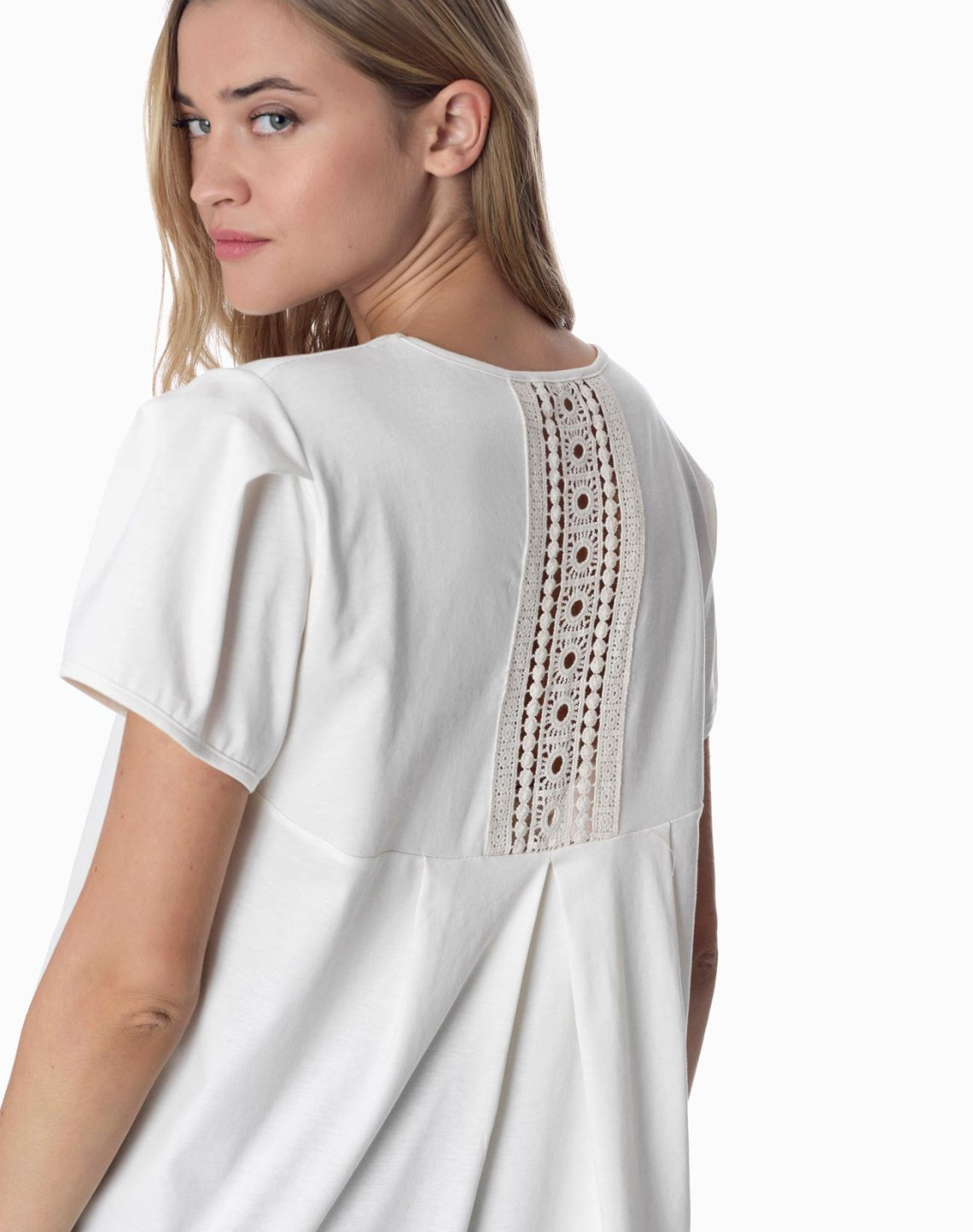 Top with detail lace