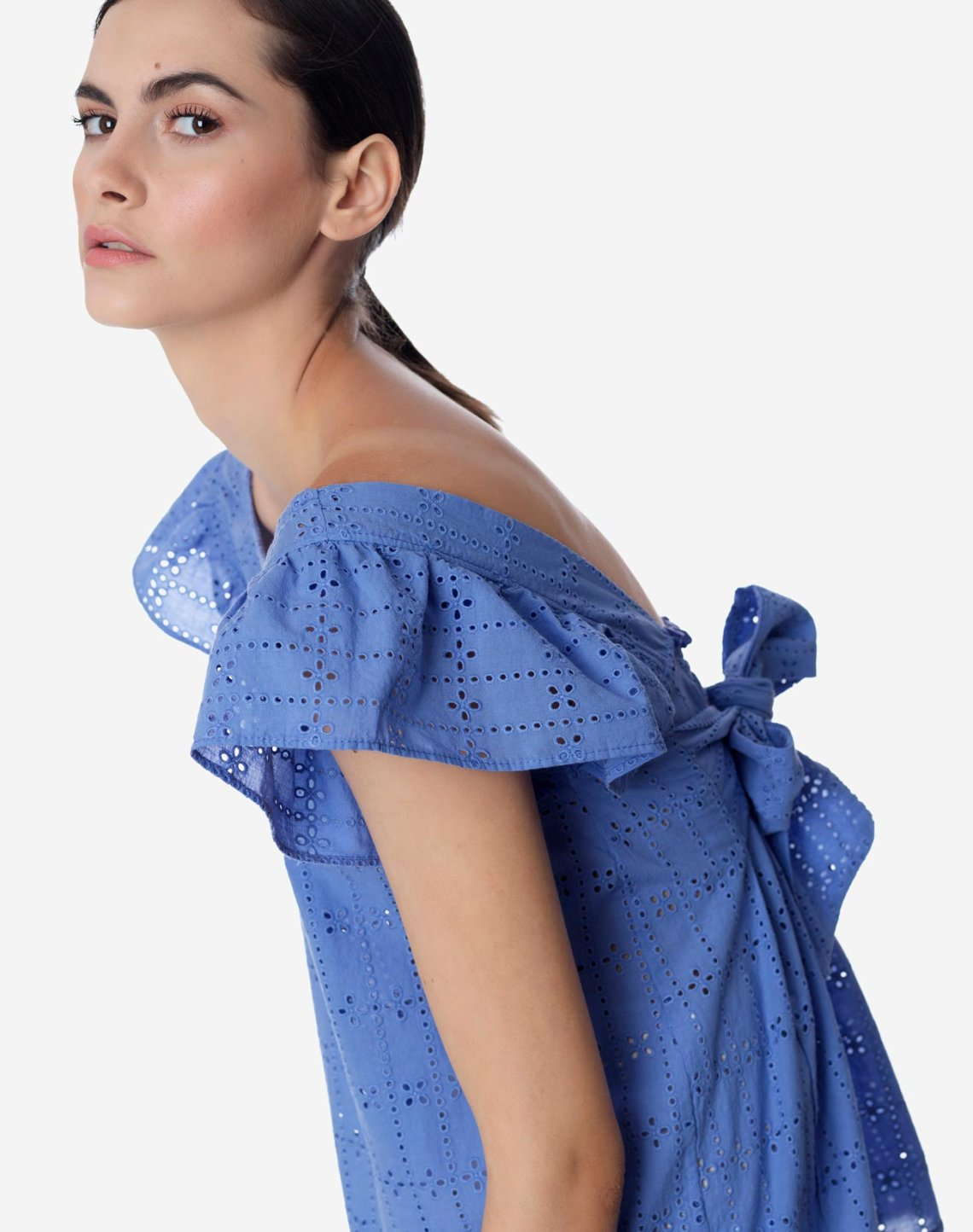 Embroidered top with bow