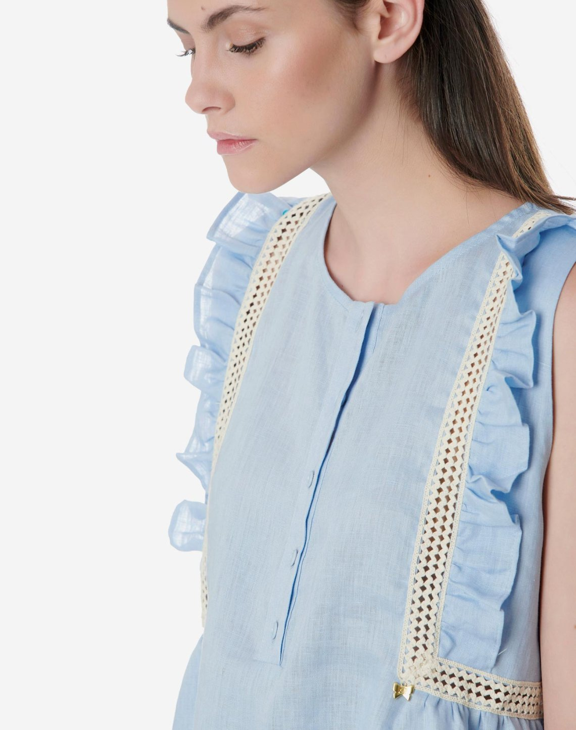 Linen top with ruffles