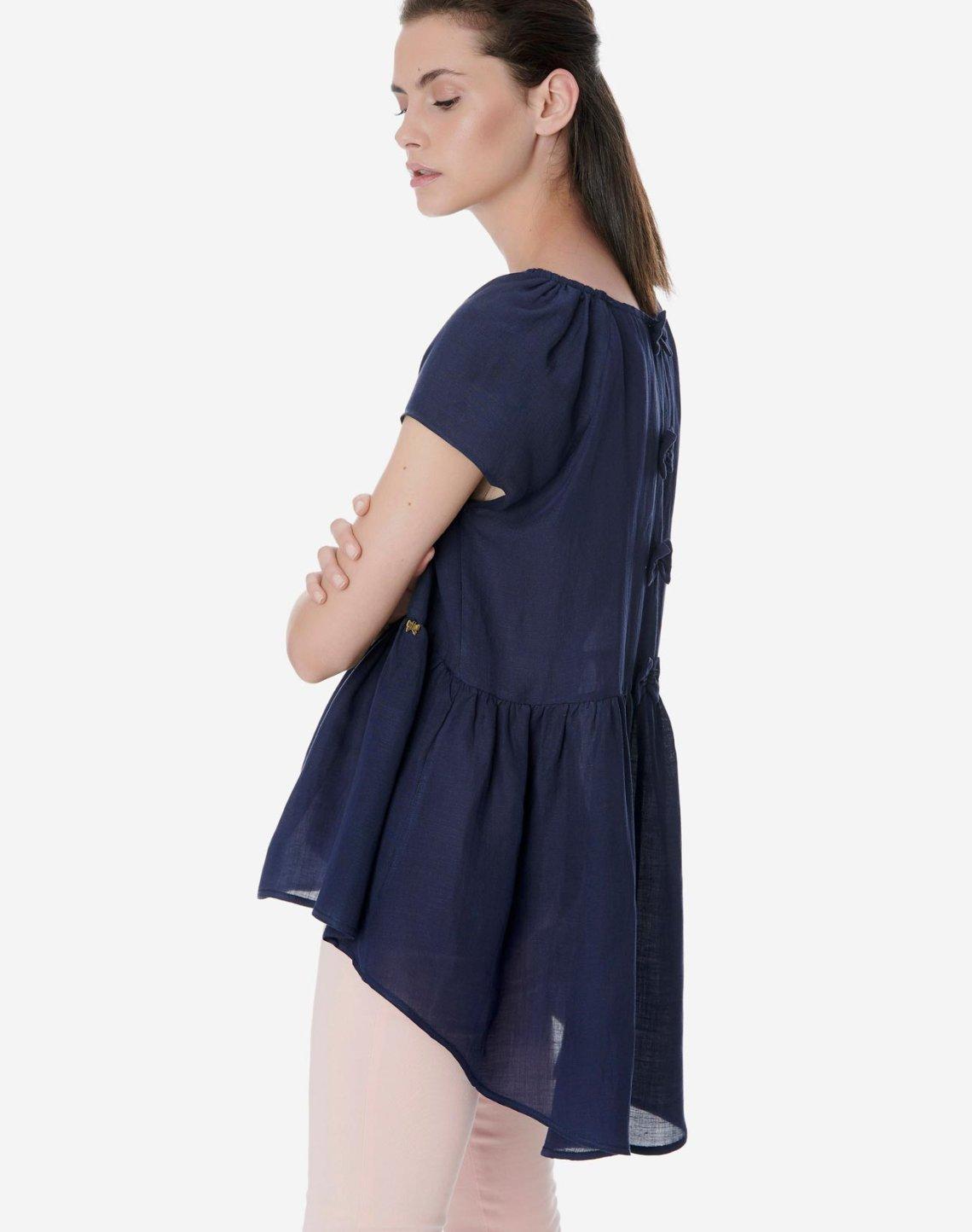 Ασύμμετρη μπλούζα με φιόγκους