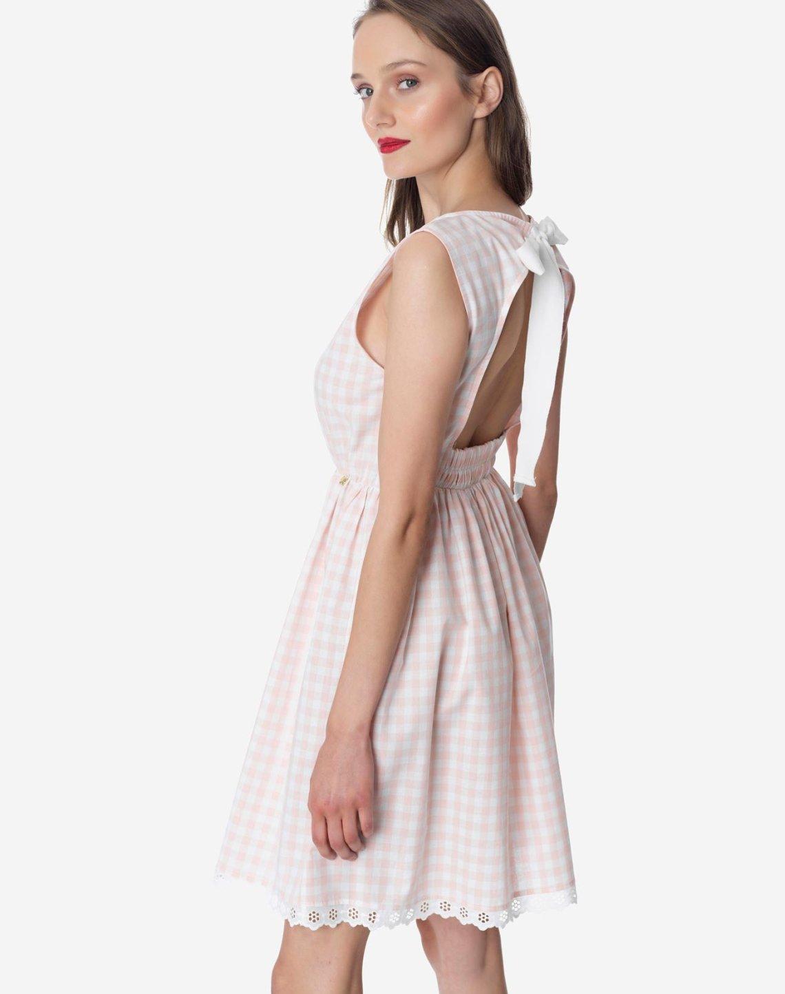 Καρό φόρεμα με ανοιχτή πλάτη