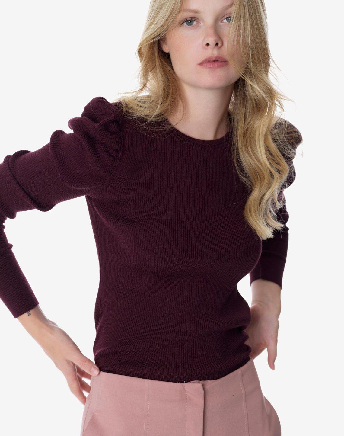 Ribbed knit top